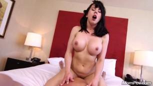 MomPOV Nice Brunette Fiona Woman youd like to meet E436